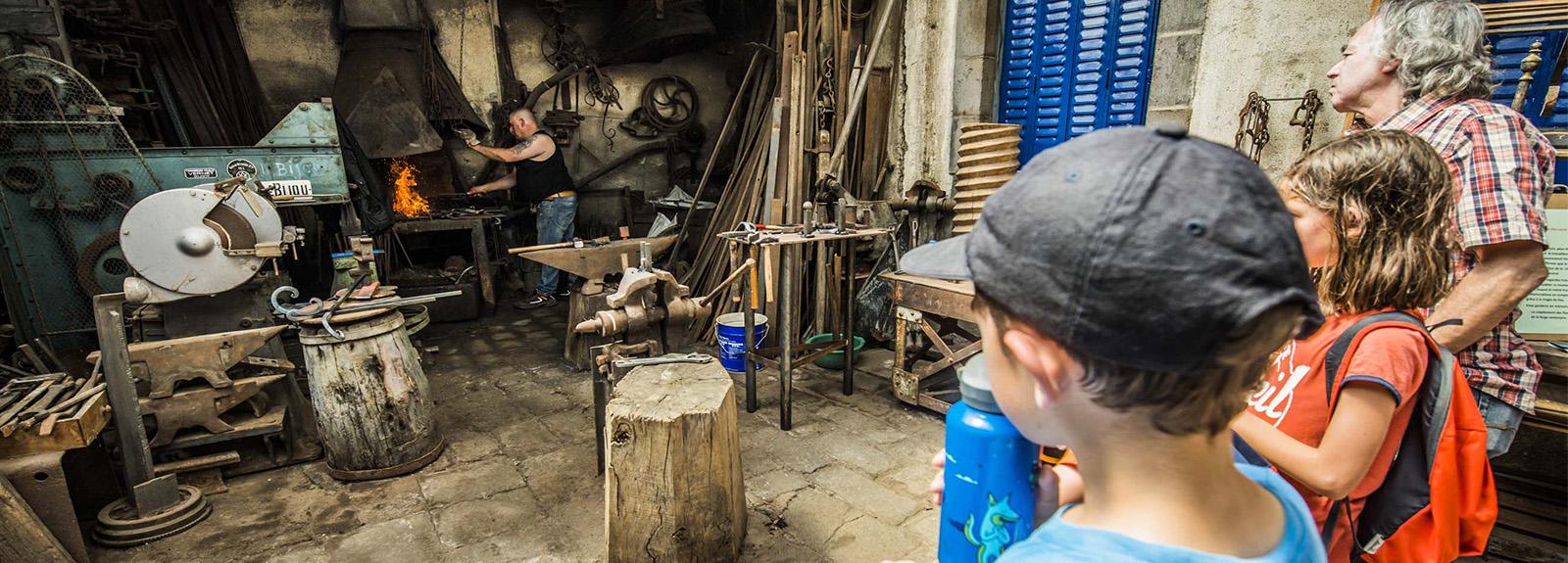 La Forge – Création des outils du pierreux
